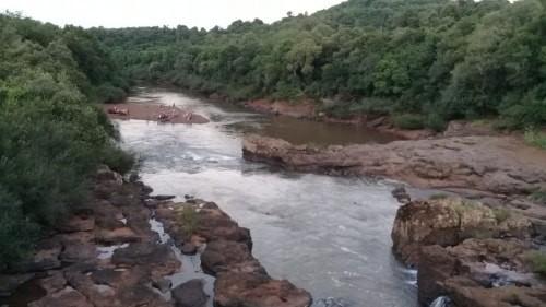 Jovem morre por afogamento no Rio Buricá, na divisa entre Crissiumal e Horizontina