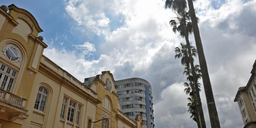 Porto Alegre terá temperatura mínima de 19ºC e máxima de 32ºC   Foto: Alina Souza / CP