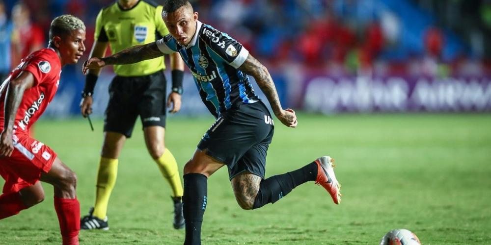 Everton revelou pedido de Renato para jogar mais por dentro na temporada 2020   Foto: Lucas Uebel / Grêmio / Divulgação / CP