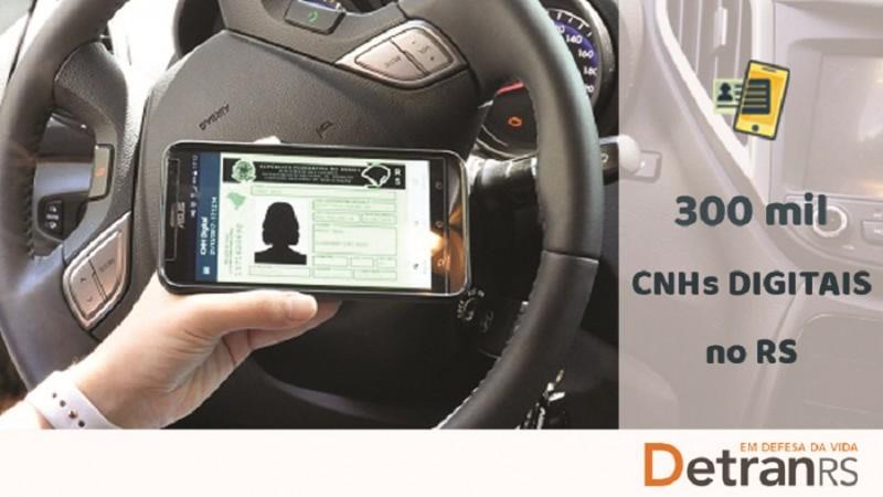 O documento digital, que tem o mesmo valor jurídico do impresso, pode ser gerado em celulares e outros dispositivos móveis - Foto: Divulgação / Detran