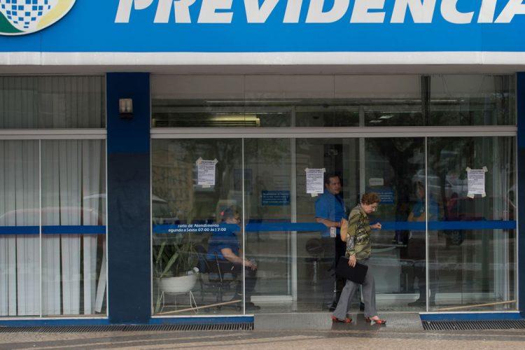 Morador de Vera Cruz com alcoolismo consegue aposentadoria por invalidez