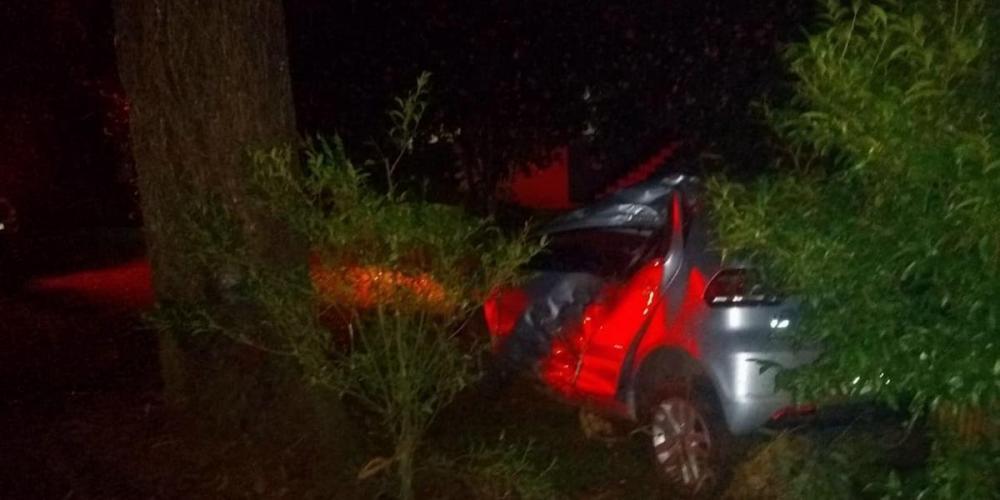 Motorista, um jovem de 27 anos, morador de Nova Araçá, morreu no local | Foto: CRBM / Divulgação / CP