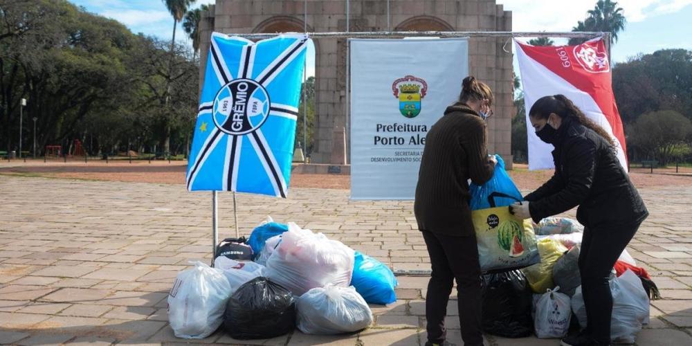 Gre-Nal da solidariedade recolheu doações para distribuir para famílias em vulnerabilidade social | Foto: Guilherme Almeida