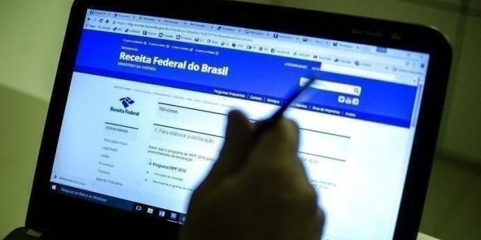 Prazo para entregar o Imposto de Renda sem multa termina às 23h59   Foto: Marcelo Camargo / Agência Brasil / CP