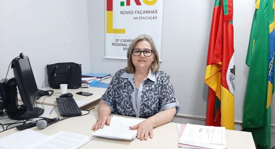 Janete Cavalini, coordenadora interina da 25ª CRE, com sede em Soledade. Foto: Letícia Nunes/Tua Rádio Cristal.