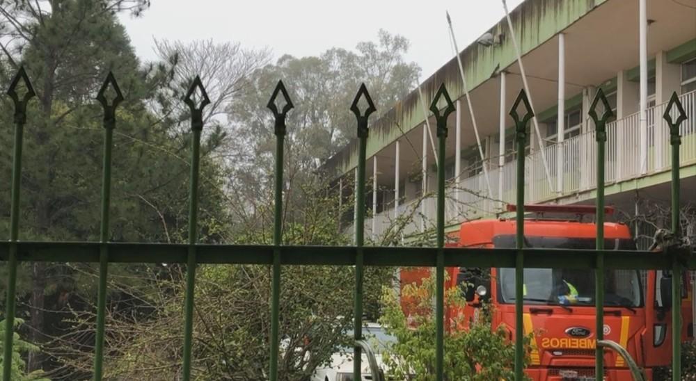 Polícia investiga incêndio que atingiu prédio de três secretarias de Santana do Livramento