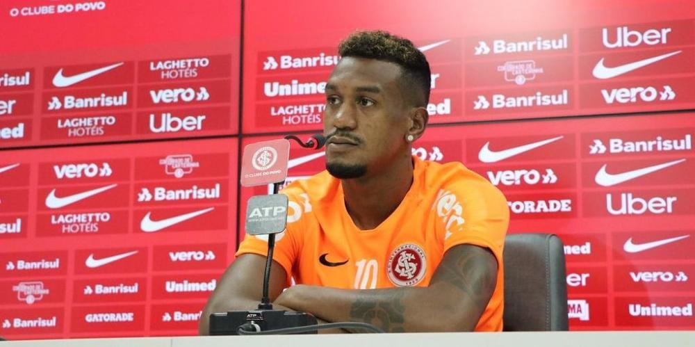 Edenilson pregou um acordo entre todos do departamento de futebol para corrigir erros e focar na vaga pela Libertadores | Foto: Ricardo Duarte / Inter / Divulgação / CP