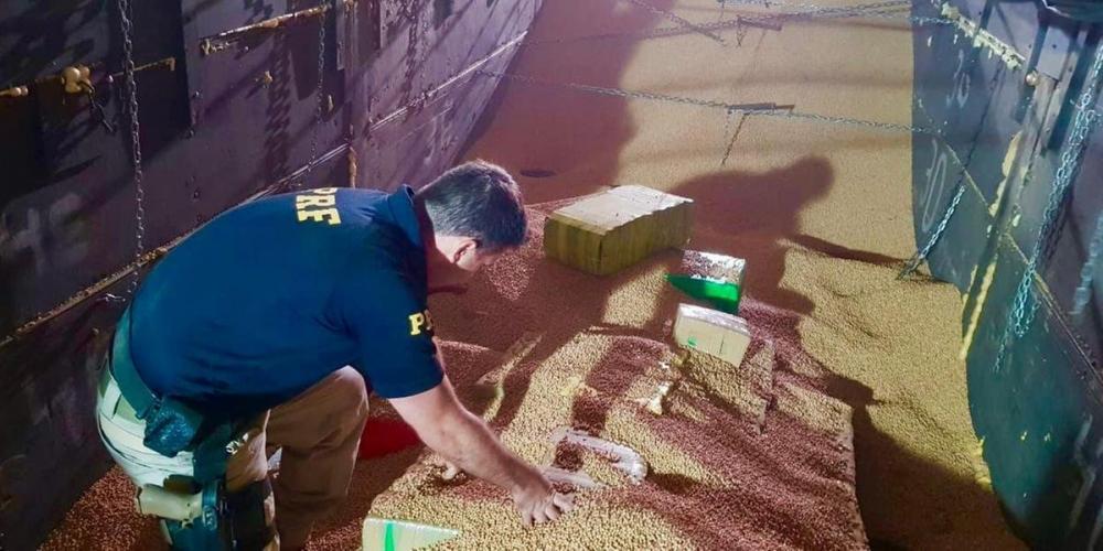 Entorpecente teria vindo da Fronteira | Foto: PRF / Divulgação CP