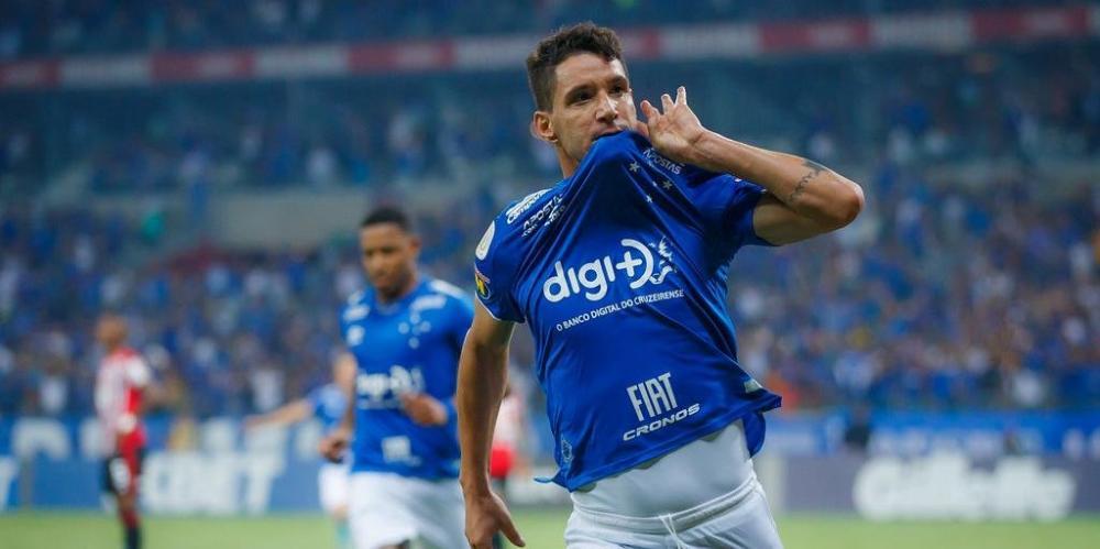 Renato Portaluppi gosta do meia, que ficou livre na manhã desta quarta-feira | Foto: Vinnicius Silva / Cruzeiro / Divulgação / CP